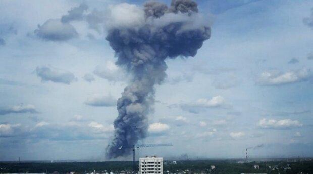 وقوع 3 انفجار قوی در کارخانه مهمات سازی روسیه 19 زخمی برجای گذاشت