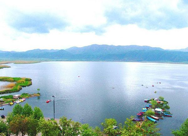 دریاچه زریوار؛ نگین زیبای مریوان