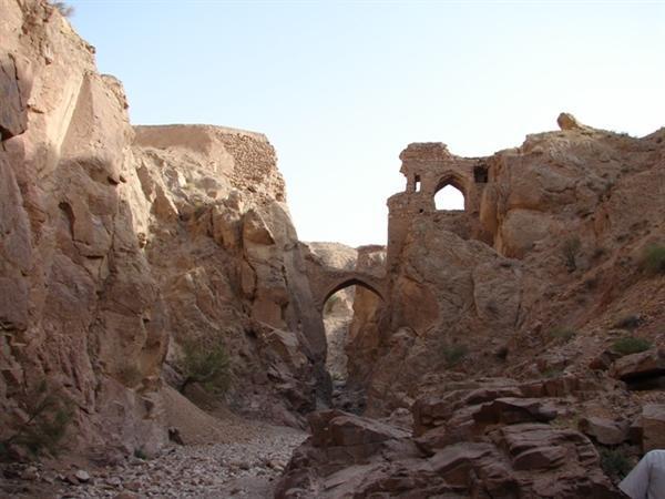 طرح مرمتی پل آب برترناو در خراسان جنوبی شروع شد