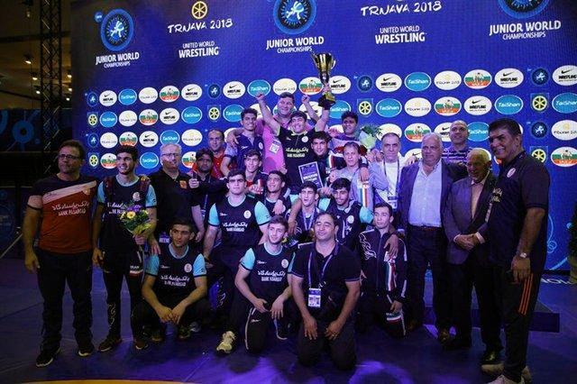 اخراج از شرکت نفت، پاداش مربی که تیمش 2 بار قهرمان جهان شد!