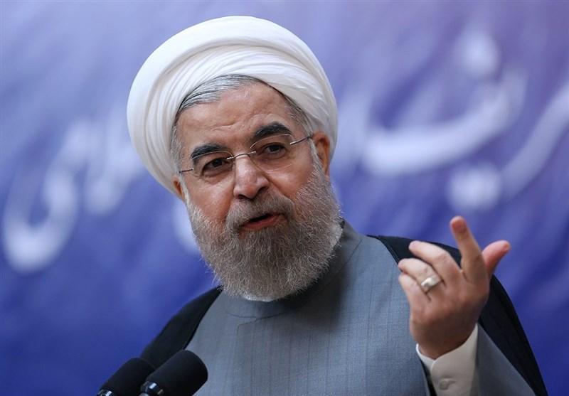 روحانی به دانشگاه تهران می رود ، اعتراض تشکل های دانشجویی به سخنرانی یک طرفه رئیس جمهور