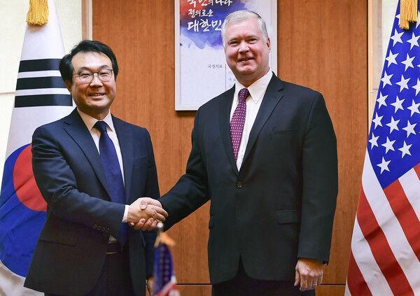 مذاکره کننده ارشد هسته ای کره جنوبی راهی آمریکا شد
