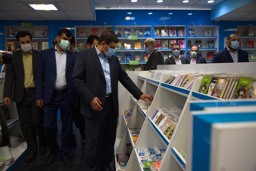 ارسال یک میلیون بسته لوازم التحریر ایرانی و اهدای 15 هزار تبلت به دانش آموزان مناطق محروم