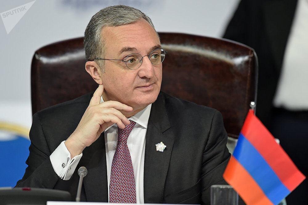 وزیر خارجه ارمنستان در مسکو با سران گروه مینسک ملاقات می نماید