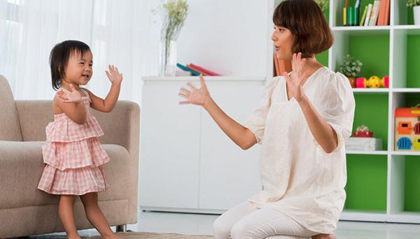 کودک 14 ماهه؛ فاکتورهای رشد و بازی های مناسب