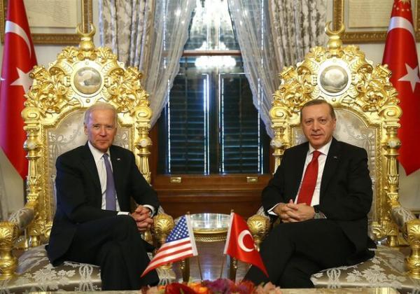 بایدن با اردوغان درباره افغانستان، روسیه و چین گفت وگو می نماید