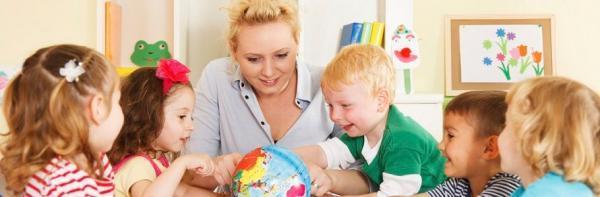 مروری بر دو مکتب پیش دبستانی: مقایسه مونتسوری (Montessori) و والدورف (Waldorf)
